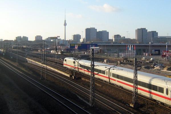 ICE der Deutschen Bahn in Berlin, über dts Nachrichtenagentur