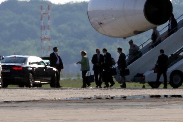 Angela Merkel landet mit der Flugbereitschaft, über dts Nachrichtenagentur