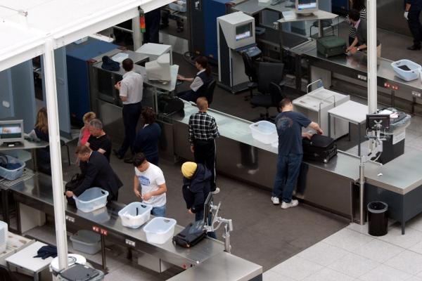 Sicherheitskontrolle am Flughafen, über dts Nachrichtenagentur