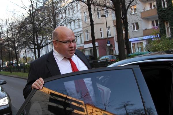 Peter Altmaier steigt in seinen Dienstwagen, über dts Nachrichtenagentur