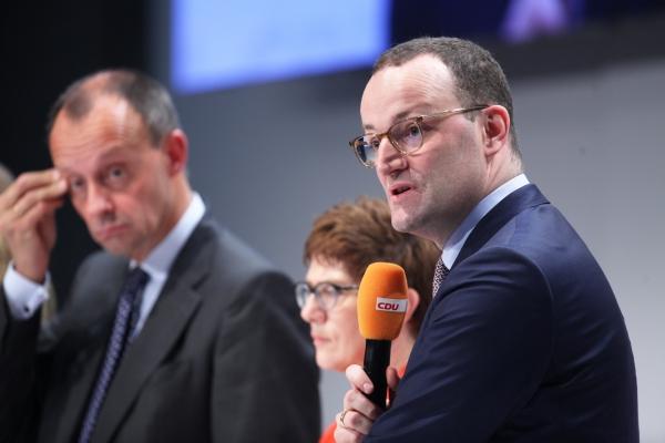 Merz, Kramp-Karrenbauer und Spahn am 22.11.2018, über dts Nachrichtenagentur