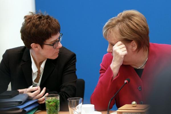 Annegret Kramp-Karrenbauer und Angela Merkel am 29.10.2018, über dts Nachrichtenagentur