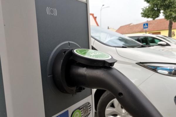 Stromtankstelle für E-Auto, über dts Nachrichtenagentur