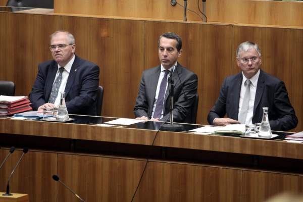 Christian Kern zwischen Wolfgang Brandstetter und Alois Stöger, über dts Nachrichtenagentur