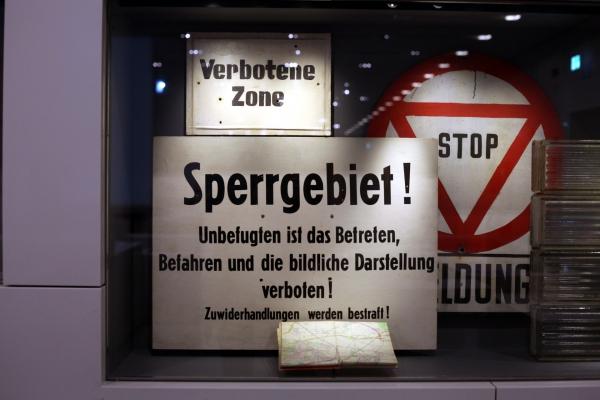 DDR-Verbotsschilder, über dts Nachrichtenagentur