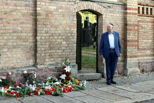 Max Privorozki vor Synagoge in Halle nach Anschlag, über dts Nachrichtenagentur