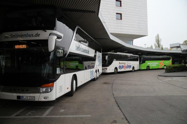 Fernbusse von Berlinlinienbus, Eurolines, MeinFernbus/Flixbus, über dts Nachrichtenagentur