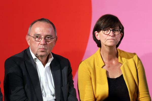 Foto: Norbert Walter-Borjans und Saskia Esken, über dts Nachrichtenagentur