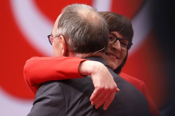 Norbert Walter-Borjans und Saskia Esken am 06.12.2019, über dts Nachrichtenagentur