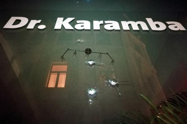 Einschusslöcher am Büro von Karamba Diaby, über dts Nachrichtenagentur