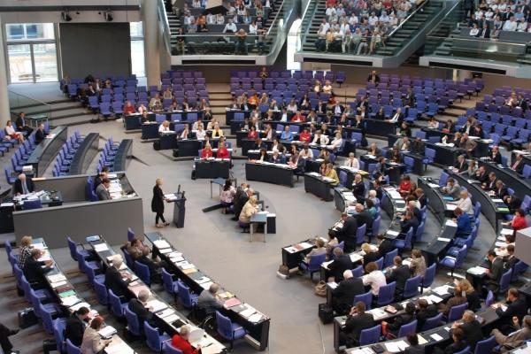 Foto: Bundestagssitzung im Plenarsaal des Reichstags, über dts Nachrichtenagentur