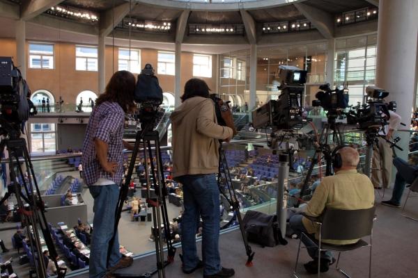 Journalisten im Bundestag, über dts Nachrichtenagentur