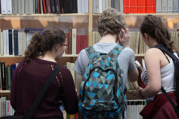 Jugendliche Leser, über dts Nachrichtenagentur