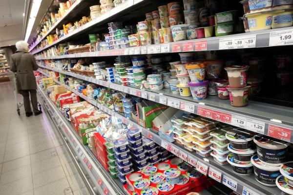 Foto: Einkaufsregal in einem Supermarkt, über dts Nachrichtenagentur