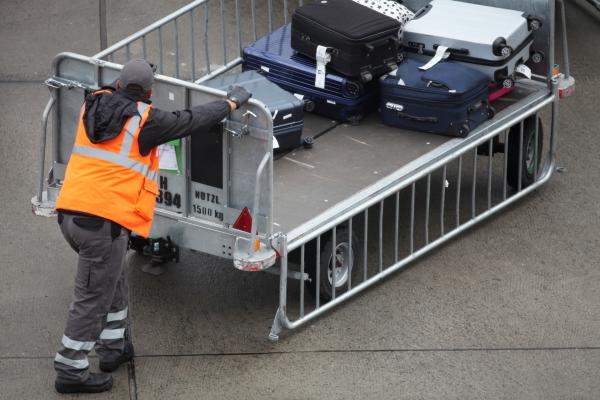 Foto: Flughafenarbeiter, über dts Nachrichtenagentur